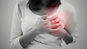 Come prevenire e curare le ragadi al seno