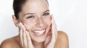 Il migliore trattamento per la pelle e per i capelli post-vacanze